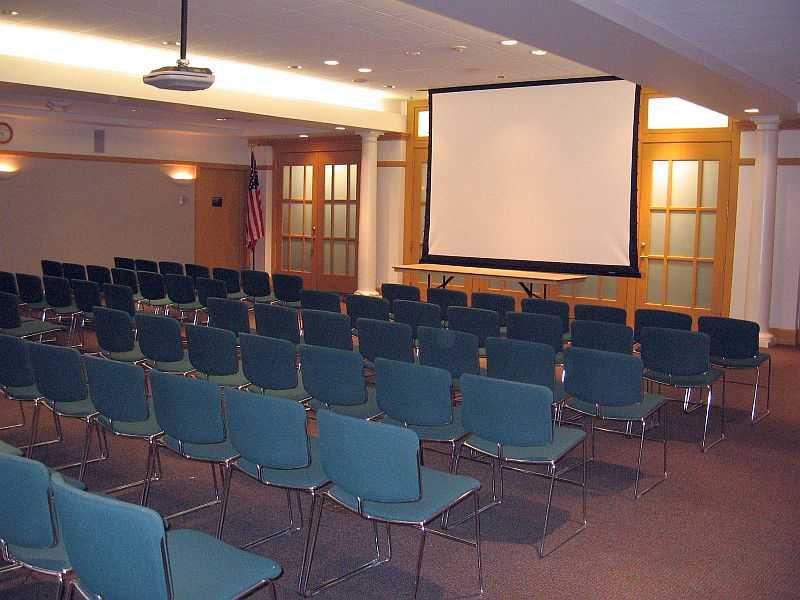 large_meeting_room_IMG_3077