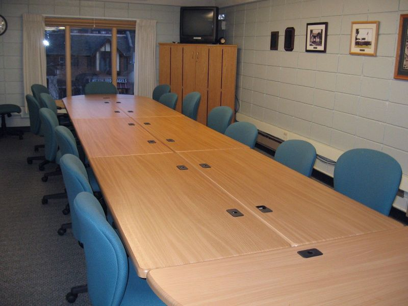 small_meeting_room_IMG_3070